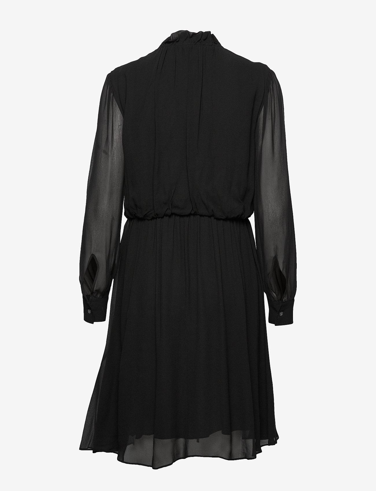 Georgette Ruffle Dress (Calvin Black) (1690 kr) - Calvin Klein