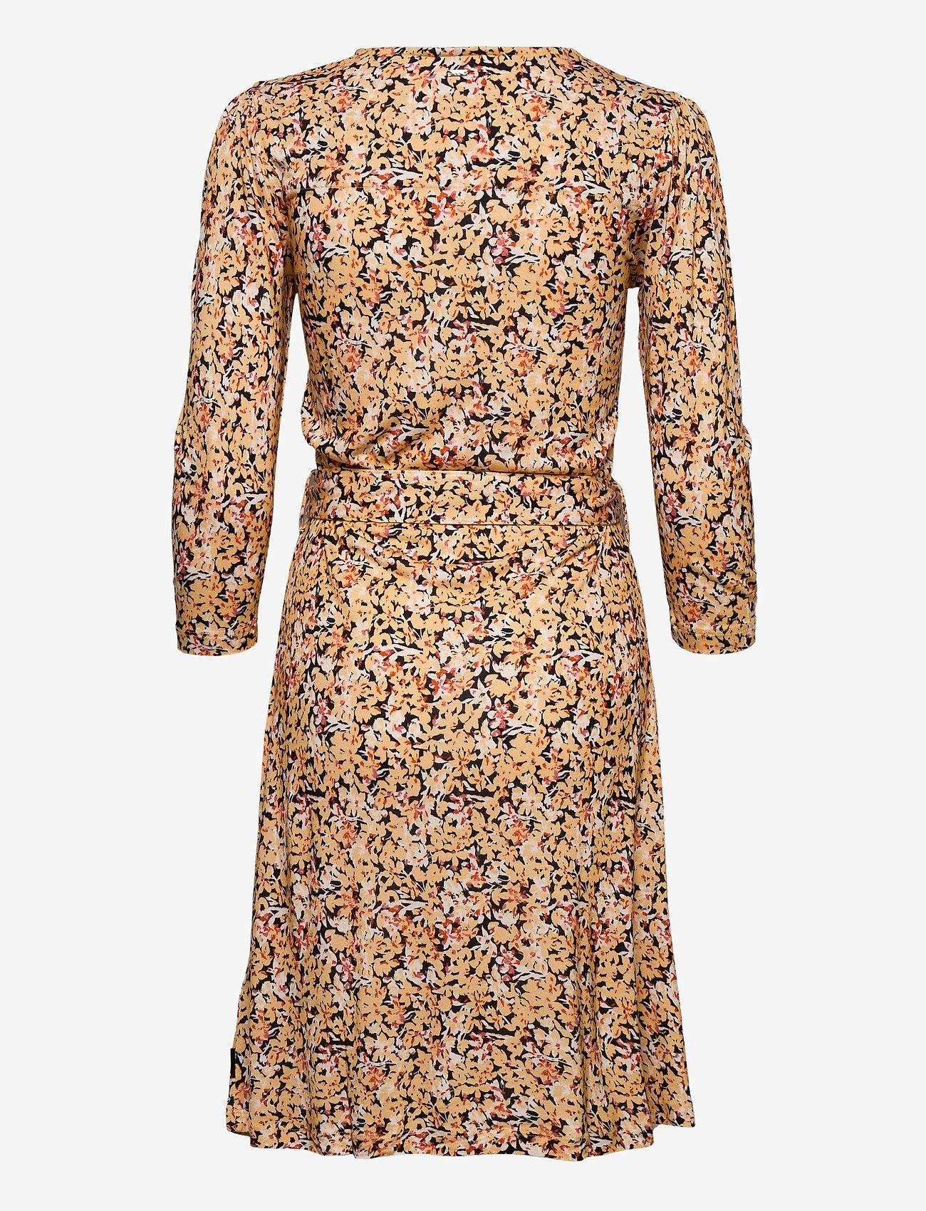 Print 3/4 Slv Jersey Dress (Ditsy Floral - Yellow) (1400 kr) - Calvin Klein