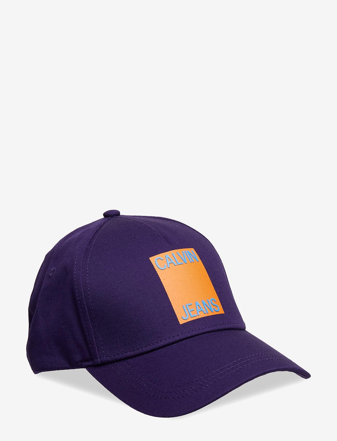 Calvin Klein - J CALVIN JEANS CAP - caps - parachute purple - 0