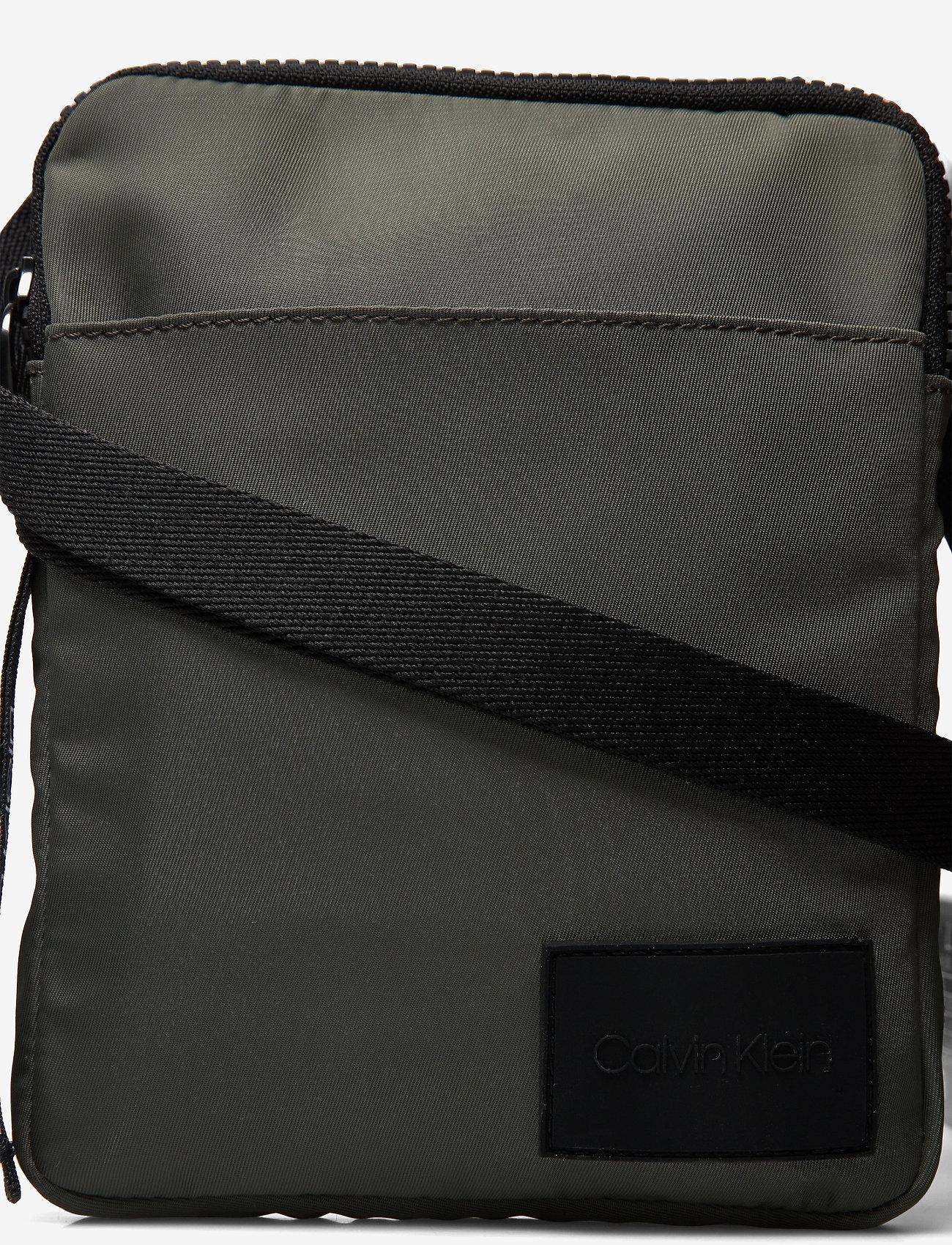 Calvin Klein - FLAT PACK S - shoulder bags - dark olive - 3