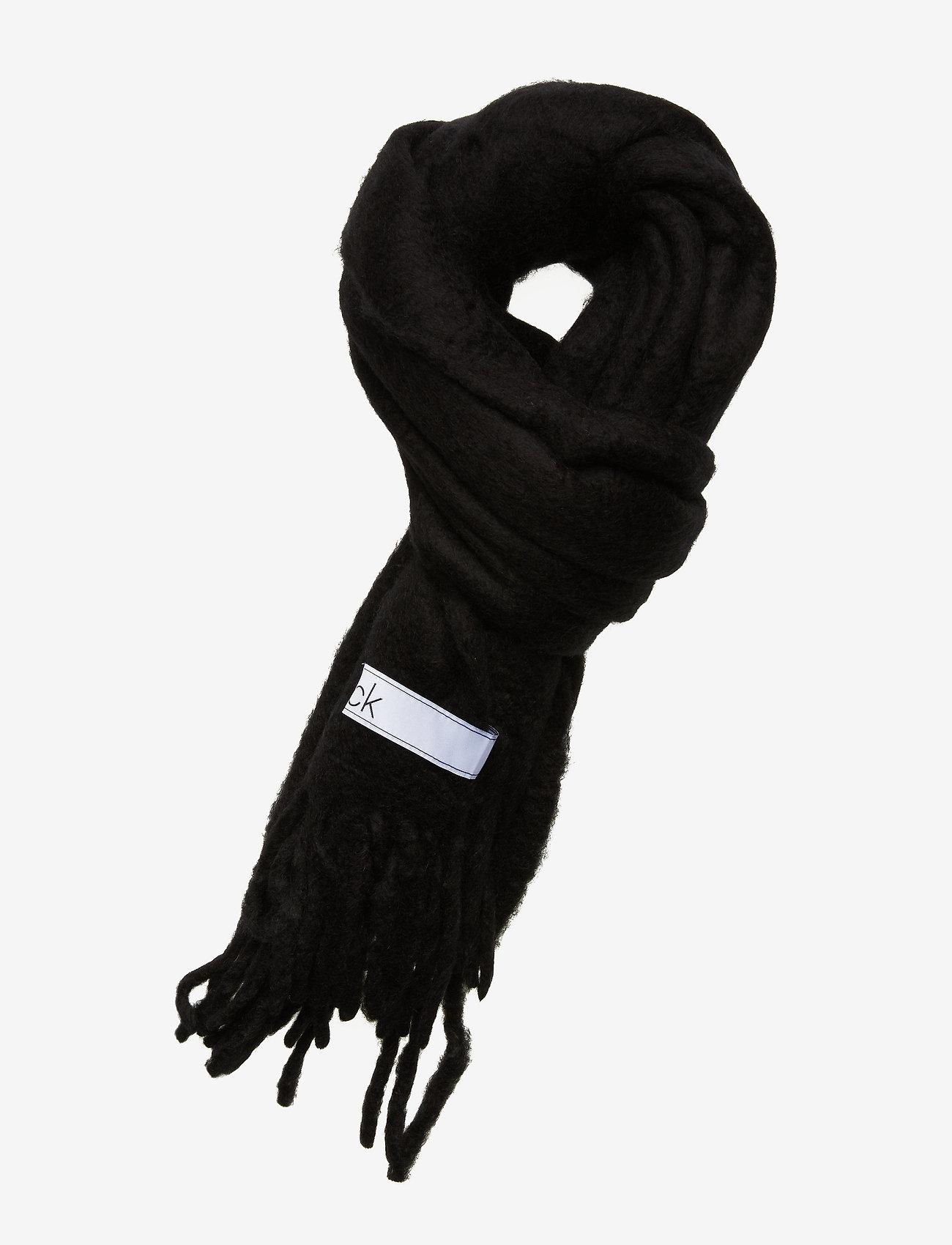 Calvin Klein - BOILED SCARF - sjalar & halsdukar - black - 0