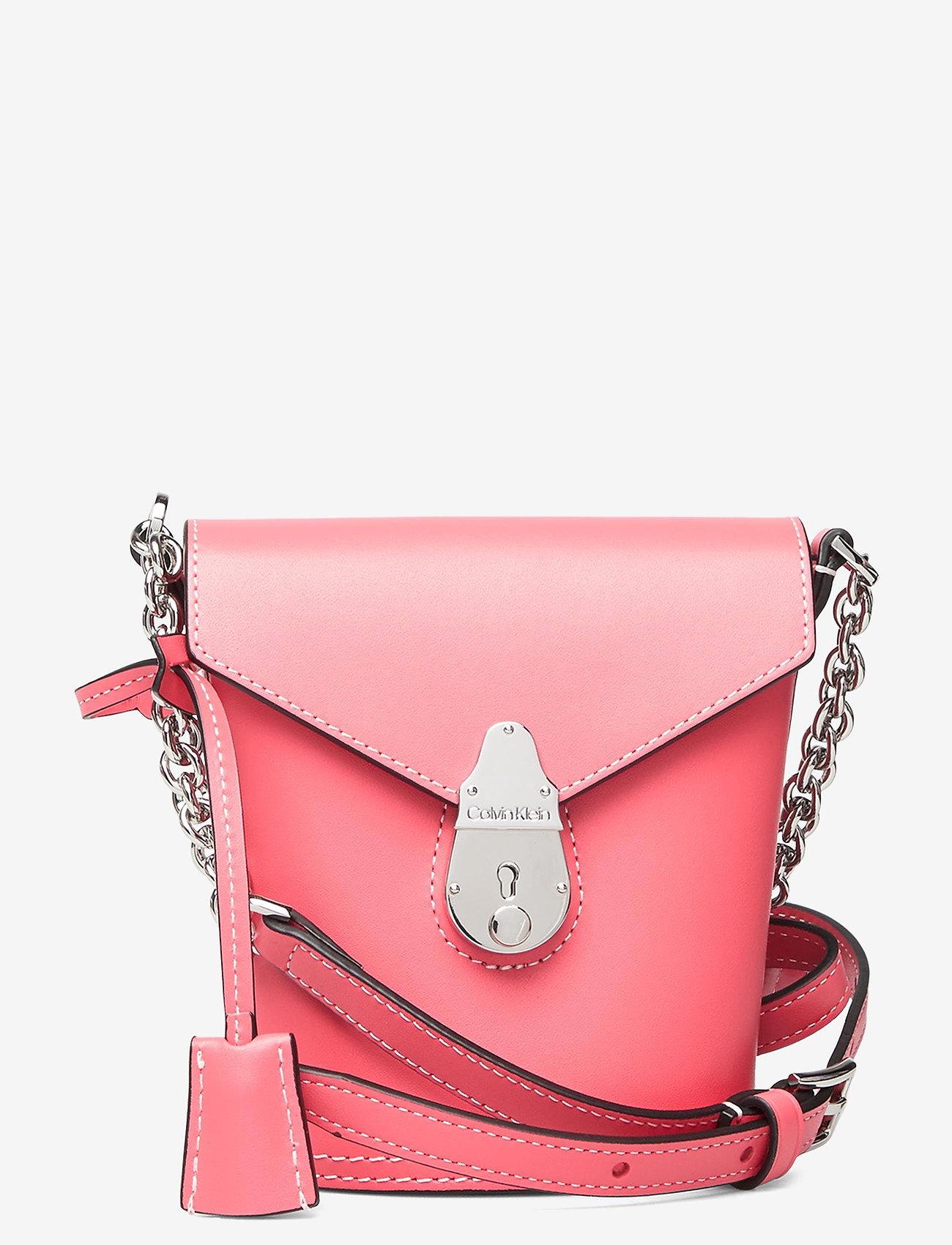 Calvin Klein - LOCK BUCKET MICRO - bucket-laukut - coral - 0