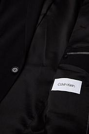 Calvin Klein - STRETCH WOOL SLIM SU - enkelknäppta kavajer - perfect black - 4