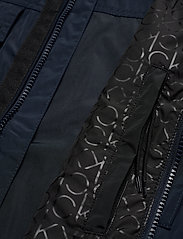 Calvin Klein - SHELL FIELD JACKET - light jackets - calvin navy - 4