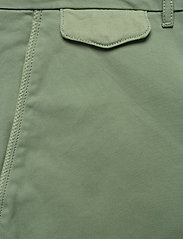 Calvin Klein - SLIM FIT GARMENT DYE - tailored shorts - granite green - 2