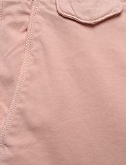 Calvin Klein - SLIM FIT GARMENT DYE - tailored shorts - nude lustre - 2