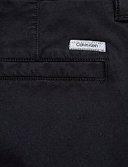 Calvin Klein - GARMENT DYED CARGO SHORTS - cargo shorts - calvin navy - 4