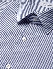 Calvin Klein - WASHED STRIPE SLIM SHIRT - formele overhemden - blue - 2