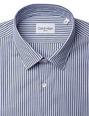 Calvin Klein - WASHED STRIPE SLIM SHIRT - formele overhemden - blue - 3