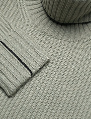 Calvin Klein - LS TURTLE NECK SWEATER - turtlenecks - seagrass - 2
