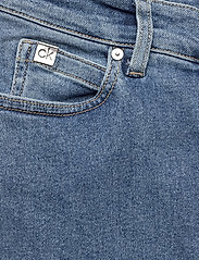Calvin Klein - HIGH RISE SLIM PANT - wąskie dżinsy - natal blue - 4