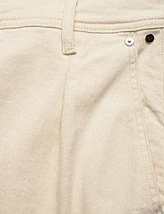 Calvin Klein - PAPER BAG DENIM PANT - bukser med brede ben - olinda ecru - 2