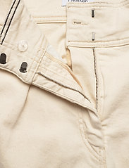 Calvin Klein - PAPER BAG DENIM PANT - bukser med brede ben - olinda ecru - 3