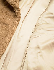 Calvin Klein - TEDDY COAT - faux fur - countryside khaki - 3