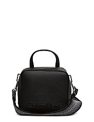 EDGE SEASONAL SMALL - BLACK