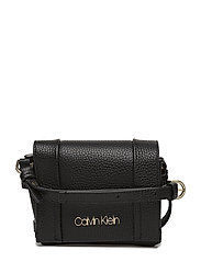 CITY LEATHER SML FLA - BLACK
