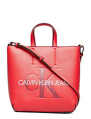 Sculpted Monogram Mi Bags Top Handle Bags Röd CALVIN KLEIN