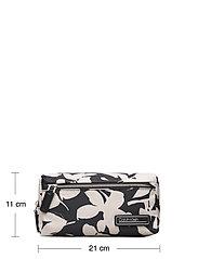 Calvin Klein - PRIMARY WASHBAG - torby kosmetyczne - black mix rtw - 5