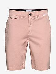 Calvin Klein - SLIM FIT GARMENT DYE - tailored shorts - nude lustre - 0