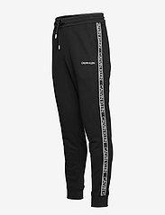 Calvin Klein - ESSENTIAL LOGO TAPE SWEATPANT - kleding - ck black - 2