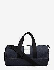 Calvin Klein - DENIM OMEGA DUFFLE - weekend bags - blue denim - 0