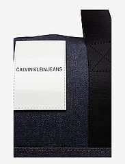 Calvin Klein - DENIM OMEGA DUFFLE - weekend bags - blue denim - 3