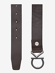 Calvin Klein - CK ADJ. BUCKLE BELT - belts - turkish coffe - 1