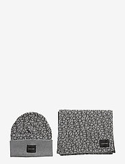 Calvin Klein - CK KNITTED SCARF&BEA - beanies - mid grey heather b38 - vol39 - 0