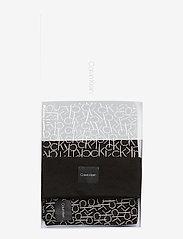 Calvin Klein - CK KNITTED SCARF&BEA - mutsen - black - 5