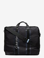 Calvin Klein - CLASH SQ WEEKENDER - tietokonelaukut - black - 0