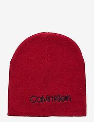 Calvin Klein - CLASSIC BEANIE - beanies - barn red - 0