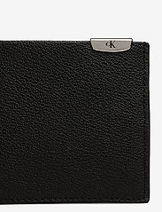Calvin Klein - CKJ MICRO PEBBLE BILLFOLD - wallets - black - 3