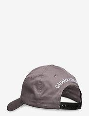 Calvin Klein - CKJ ESSENTIALS CAP - petten - volcanic glass - 1