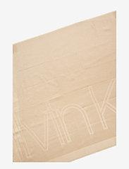 Calvin Klein - LUREX STOLE - tørklæder - champagne - 2