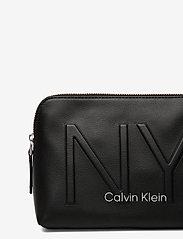 Calvin Klein - NY SHAPED WASHBAG - torby kosmetyczne - black - 3