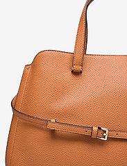 Calvin Klein - TOTE LG - handväskor - cognac - 3