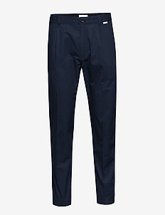 TAPERED PLEAT LIGHT, - suit trousers - calvin navy