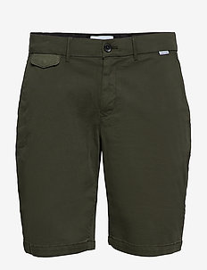 SLIM FIT GARMENT DYED SHORTS - DARK OLIVE