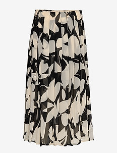 PRINTED KNIFE PLEAT - bold floral - black / macadami