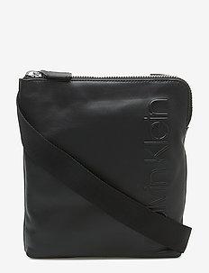 STATEMENT ZIP FLAT C - shoulder bags - black