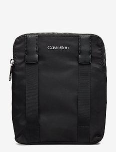 BRACED FLAT CROSSOVE - shoulder bags - black