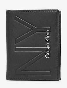 NY SHAPED FLAT 6CC - wallets - black