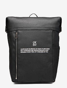 CKJ 50 SQUARE BACKPACK 45 - BLACK