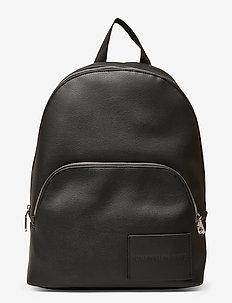 CKJ MICRO PEBBLE CAM - plecaki - black