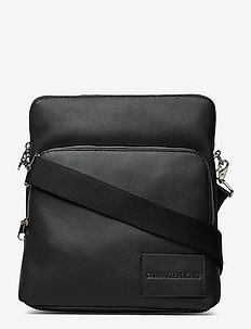 CKJ MICRO PEBBLE FLA - shoulder bags - black