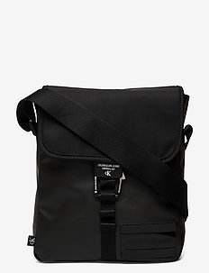 REPORTER W/FLAP - shoulder bags - black