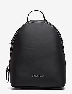 STRAP BACKPACK - BLACK