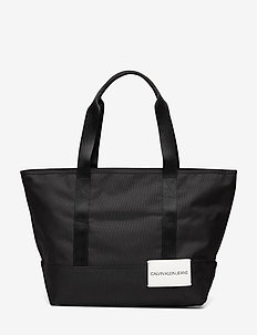 SPORT ESSENTIAL CARR - BLACK
