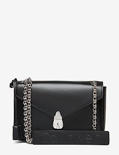LOCK CONV FLAP CROSSBODY - BLACK