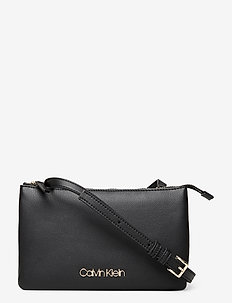 EW CROSSBODY DOUBLE - sacs à bandoulière - black